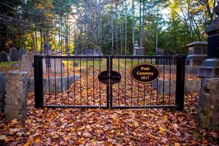 Pratt Cemetery Gate, Mason, NH